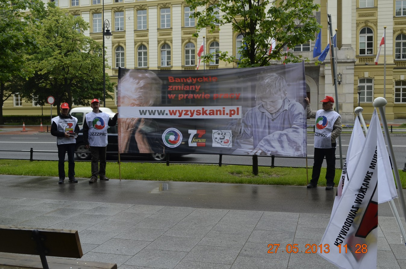 Thumbnail for the post titled: Protest trwa już drugi tydzień